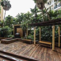 Отель The Narathiwas Hotel & Residence Sathorn Bangkok Таиланд, Бангкок - отзывы, цены и фото номеров - забронировать отель The Narathiwas Hotel & Residence Sathorn Bangkok онлайн балкон