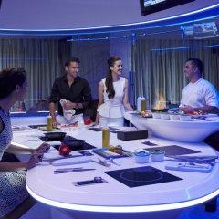 Отель Jumeirah Creekside Дубай развлечения