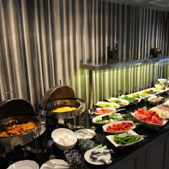 Le Petit Palace Hotel Турция, Стамбул - 4 отзыва об отеле, цены и фото номеров - забронировать отель Le Petit Palace Hotel онлайн питание фото 2