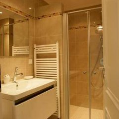 Отель Sopolitan Suites Германия, Франкфурт-на-Майне - отзывы, цены и фото номеров - забронировать отель Sopolitan Suites онлайн ванная