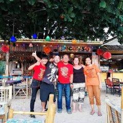 Отель Cha-Ba Bungalow & Art Gallery Таиланд, Ланта - отзывы, цены и фото номеров - забронировать отель Cha-Ba Bungalow & Art Gallery онлайн бассейн фото 2