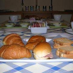 Отель Bed & Breakfast Gili Италия, Кастельфидардо - отзывы, цены и фото номеров - забронировать отель Bed & Breakfast Gili онлайн питание