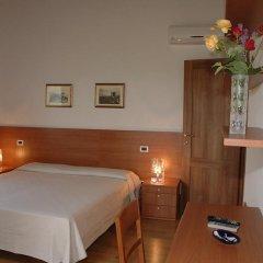 Отель Villa Pinella Прамаджоре комната для гостей фото 2