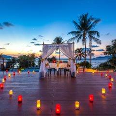Отель La Flora Resort Patong бассейн