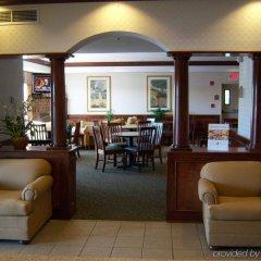Отель Holiday Inn Express Ex I-71 / OH State Fair / Expo Center США, Колумбус - отзывы, цены и фото номеров - забронировать отель Holiday Inn Express Ex I-71 / OH State Fair / Expo Center онлайн интерьер отеля