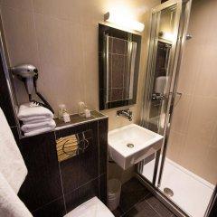 Hotel Victor Massé ванная