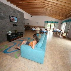 Отель Baia da Barca Apartamentos Turisticos Португалия, Мадалена - отзывы, цены и фото номеров - забронировать отель Baia da Barca Apartamentos Turisticos онлайн питание