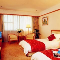 Отель Foreign Experts Building Пекин комната для гостей фото 5
