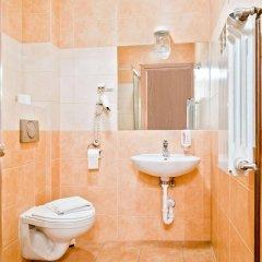 Отель Aparthotel Miodosytnia Польша, Краков - отзывы, цены и фото номеров - забронировать отель Aparthotel Miodosytnia онлайн ванная фото 3