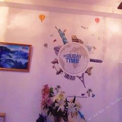 Отель Hongqiao Transportation Hub International Youth Hostel (Shanghai National Convention and Exhibition Center) Китай, Шанхай - отзывы, цены и фото номеров - забронировать отель Hongqiao Transportation Hub International Youth Hostel (Shanghai National Convention and Exhibition Center) онлайн интерьер отеля