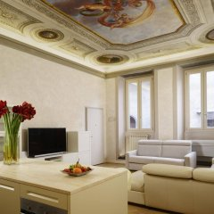Апартаменты Luxury Apartments Piazza Signoria Флоренция комната для гостей фото 5