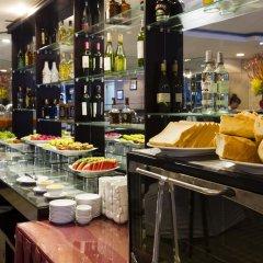 Отель Brandi Nha Trang Hotel Вьетнам, Нячанг - 1 отзыв об отеле, цены и фото номеров - забронировать отель Brandi Nha Trang Hotel онлайн питание фото 3