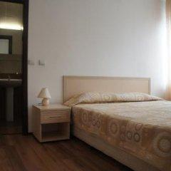 Апартаменты Vadjo Apartments in Complex Stenata Pamporovo Пампорово комната для гостей
