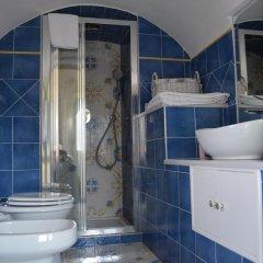 Отель Casa Cecilia Италия, Равелло - отзывы, цены и фото номеров - забронировать отель Casa Cecilia онлайн ванная