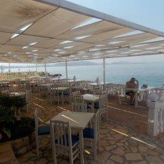 Отель Kompleks Joni Албания, Саранда - отзывы, цены и фото номеров - забронировать отель Kompleks Joni онлайн гостиничный бар