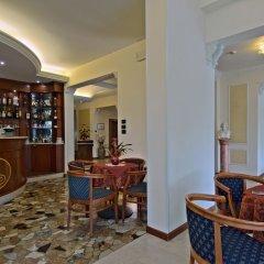 Отель Terme Belsoggiorno Италия, Абано-Терме - отзывы, цены и фото номеров - забронировать отель Terme Belsoggiorno онлайн гостиничный бар