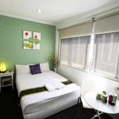 Отель Padi Madi Guest House Бангкок комната для гостей