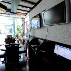 Отель Lubjana Албания, Тирана - отзывы, цены и фото номеров - забронировать отель Lubjana онлайн интерьер отеля фото 3