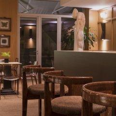 Отель HF Fénix Lisboa гостиничный бар