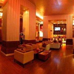 Отель Jaypee Vasant Continental Индия, Нью-Дели - отзывы, цены и фото номеров - забронировать отель Jaypee Vasant Continental онлайн гостиничный бар