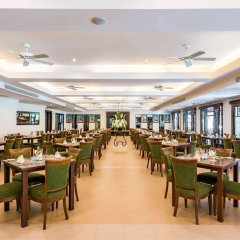 Отель Duangjitt Resort, Phuket питание