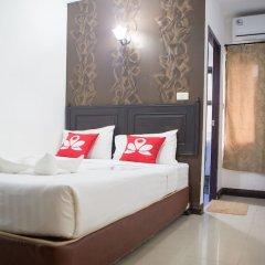 Отель Zen Rooms Basic Phra Athit Бангкок комната для гостей фото 5