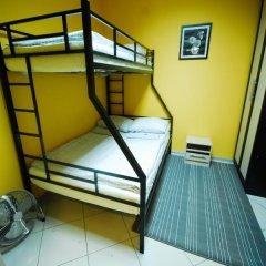 Хостел Landmark City Стандартный номер с двуспальной кроватью