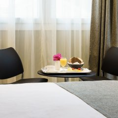 Costa del Sol Hotel в номере