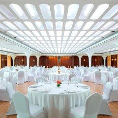 Отель Queen Elizabeth 2 Hotel ОАЭ, Дубай - отзывы, цены и фото номеров - забронировать отель Queen Elizabeth 2 Hotel онлайн помещение для мероприятий