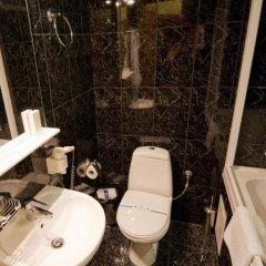 Гостиница Ева Отель Украина, Донецк - отзывы, цены и фото номеров - забронировать гостиницу Ева Отель онлайн ванная фото 2