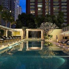 Отель Courtyard By Marriott Бангкок бассейн фото 2