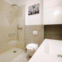 Отель Reina Sofia Boutique - Madflats Collection Мадрид ванная фото 2