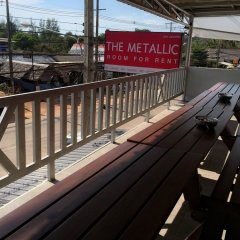 The Metallic Hostel балкон