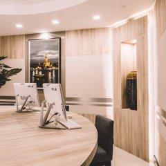 Отель Adelphi Suites Bangkok фитнесс-зал