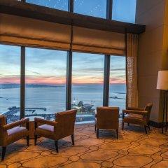 Отель Fairmont Baku at the Flame Towers Азербайджан, Баку - - забронировать отель Fairmont Baku at the Flame Towers, цены и фото номеров пляж фото 2
