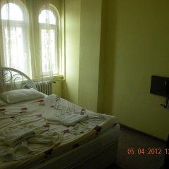 Hotel Zelve сейф в номере
