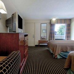 Отель Howard Johnson by Wyndham Washington DC США, Вашингтон - отзывы, цены и фото номеров - забронировать отель Howard Johnson by Wyndham Washington DC онлайн удобства в номере фото 2