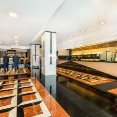 SANA Metropolitan Hotel интерьер отеля