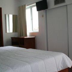 Отель Alcides Португалия, Понта-Делгада - отзывы, цены и фото номеров - забронировать отель Alcides онлайн комната для гостей фото 2