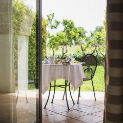 Отель Doubletree By Hilton Acaya Golf Resort Верноле балкон