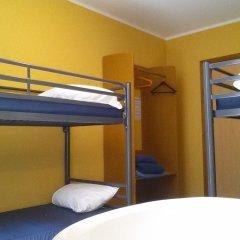 Отель Hostel Van Gogh Brussels Бельгия, Брюссель - 1 отзыв об отеле, цены и фото номеров - забронировать отель Hostel Van Gogh Brussels онлайн комната для гостей