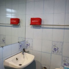 Отель ZEN Rooms Bonkai 2 Таиланд, Паттайя - отзывы, цены и фото номеров - забронировать отель ZEN Rooms Bonkai 2 онлайн ванная фото 2