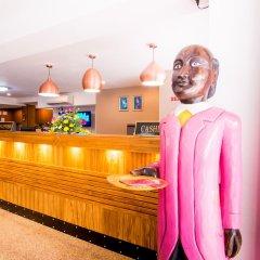 Апартаменты Mosaik Apartment Паттайя гостиничный бар