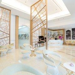 Отель Bandara Suites Silom Bangkok интерьер отеля