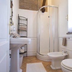 Отель Via Pierre Италия, Гроттаферрата - отзывы, цены и фото номеров - забронировать отель Via Pierre онлайн ванная