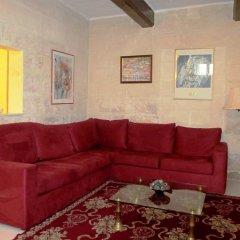 Отель 19th Century Apartment Мальта, Слима - отзывы, цены и фото номеров - забронировать отель 19th Century Apartment онлайн комната для гостей фото 3