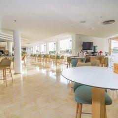 Отель EIX Platja Daurada гостиничный бар