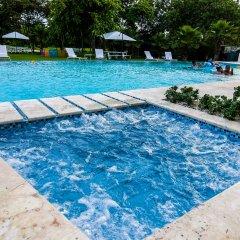 Отель Beach Rock Condo Boutique Доминикана, Пунта Кана - отзывы, цены и фото номеров - забронировать отель Beach Rock Condo Boutique онлайн бассейн фото 3