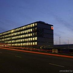 Отель citizenM Schiphol Airport Нидерланды, Схипхол - 4 отзыва об отеле, цены и фото номеров - забронировать отель citizenM Schiphol Airport онлайн вид на фасад