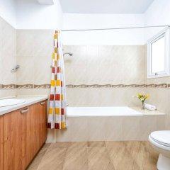 Отель Chronos Villa Кипр, Протарас - отзывы, цены и фото номеров - забронировать отель Chronos Villa онлайн ванная фото 2